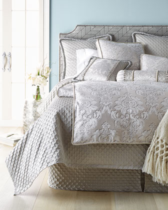 Vasari Bedding