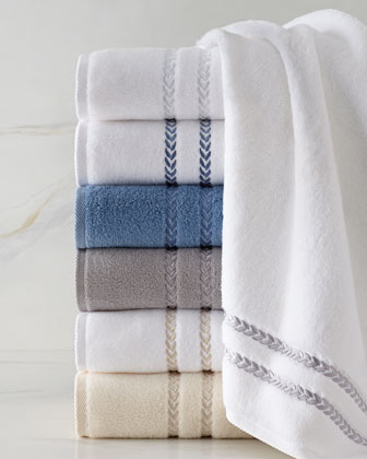 Pearl Essence Towels