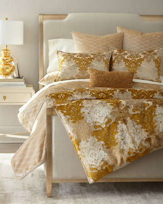 Aurelia Bedding