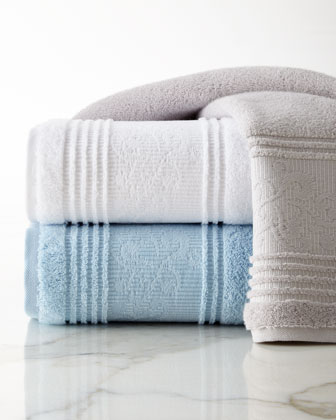 Leila Bath Towels