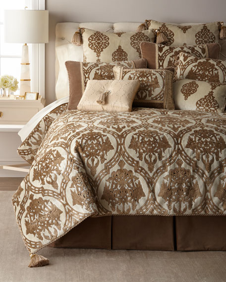 Versaille King Comforter