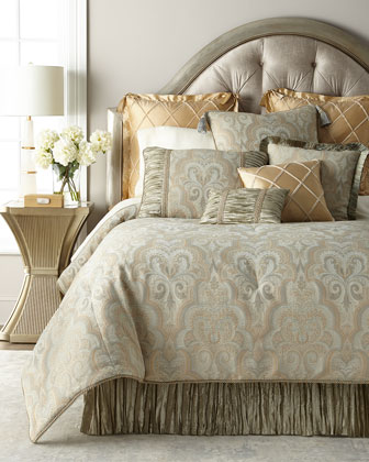 Laurel Queen Comforter  and Matching Items