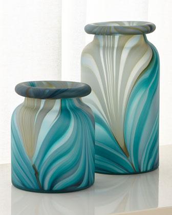 Large Esmeralda Swirl Vase  and Matching Items