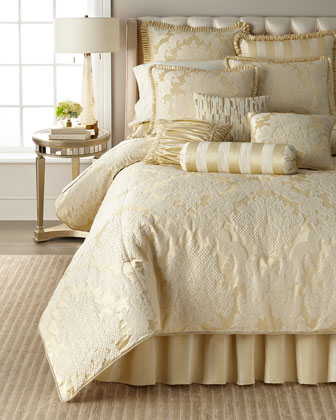 Elizabethan 3-Piece Queen Comforter Set