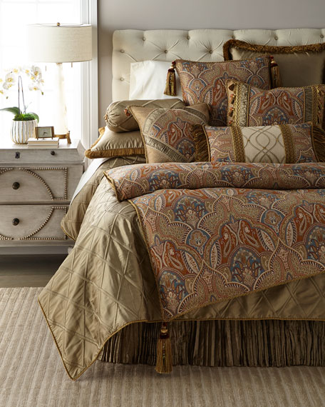 Sandoa King Duvet with Tassels