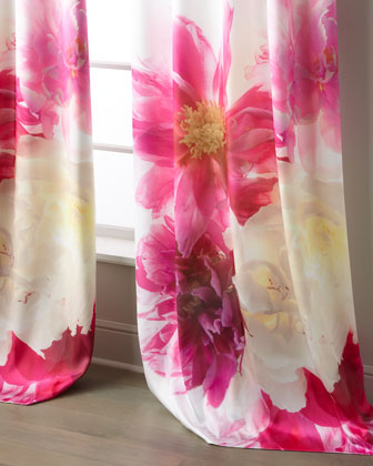 Antonias Flowers Curtain  31 x 108 and Matching Items