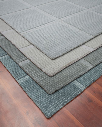 Pacifico Hand-Woven Wool Rug  10' x 14' and Matching Items