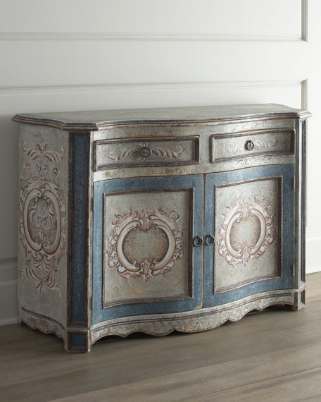 """Maydelle"" Blue Chest"