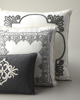 Ankasa Ivory & Gray Pillows