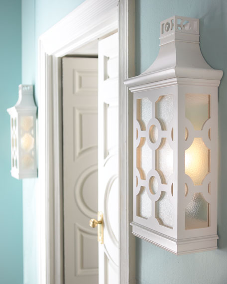 Paa Sconce