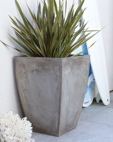 Large Curved Planter