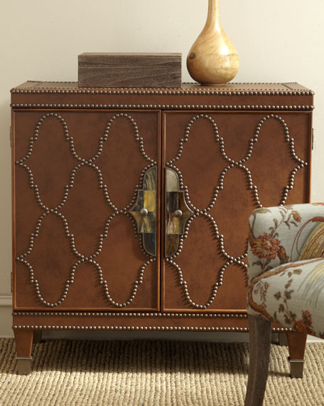 Merveilleux Nailhead Trim Chest