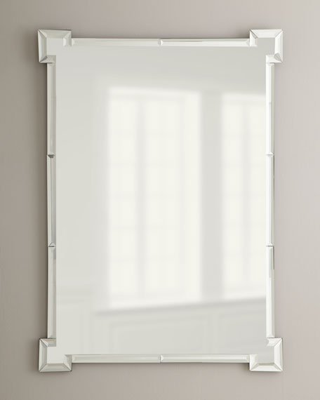Mirror with Defined Corners
