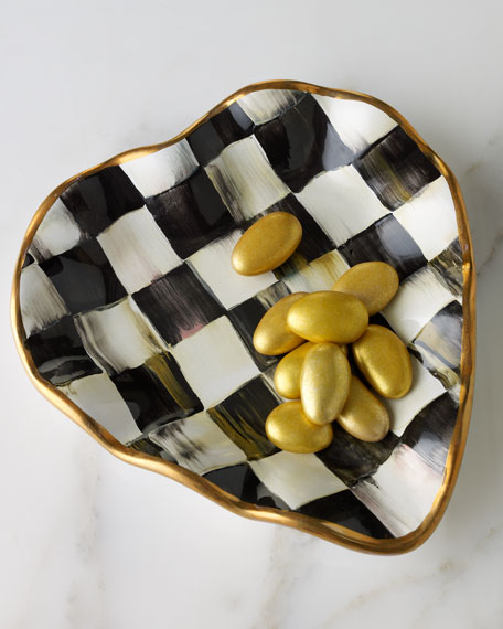 """""""Courtly Check"""" Heart Plate"""
