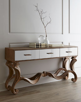 Gisselle Console