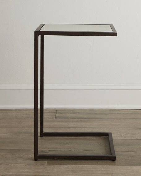 """Lania"" Pull-Up Table"