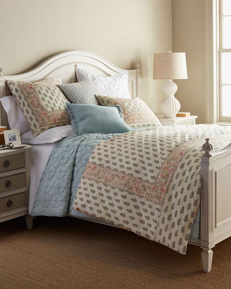Phoebe Queen Bed