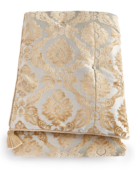 Austin Horn Collection Allure Queen Comforter Set