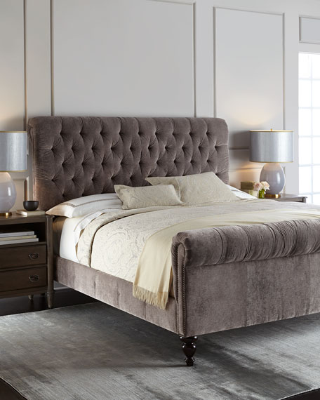 Lourdes Tufted Queen Bed