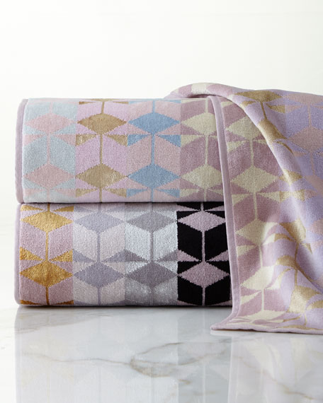 Geometric Jacquard Bath Towel