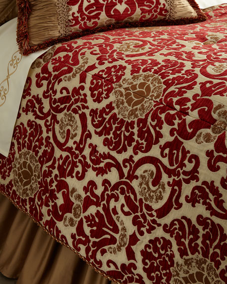 Arabesque Queen Comforter