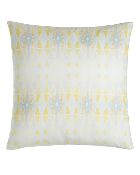 Beverly Pillow, 20