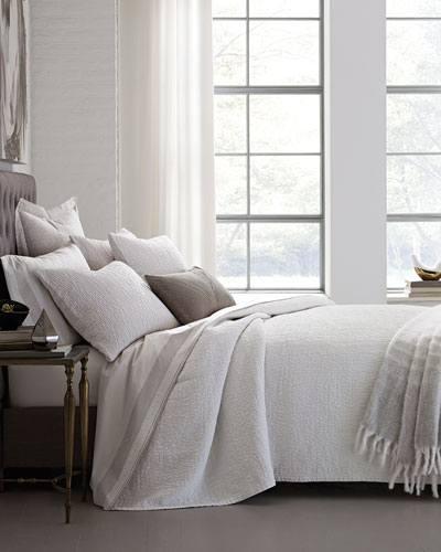 Full/Queen Woodgrain Coverlet