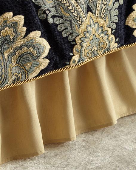 Queen Dust Skirt