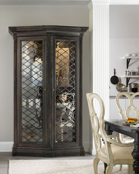 Vetrano 2-Door Display Cabinet