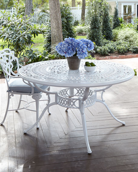 Brown Jordan Day Lily Round Outdoor Dining Table