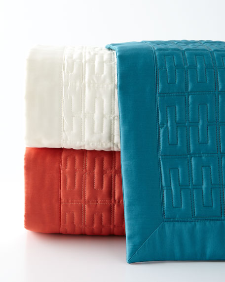 Queen Londres Quilted Coverlet
