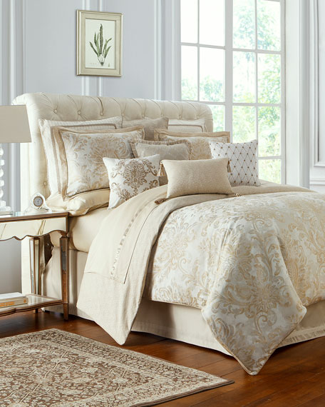 Annalise King Comforter Set