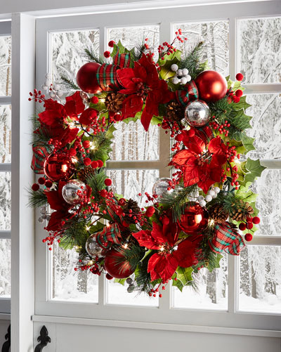 28 Classic Pre-Lit Christmas Wreath