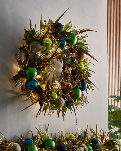 Woodlands Prelit Wreath, 28