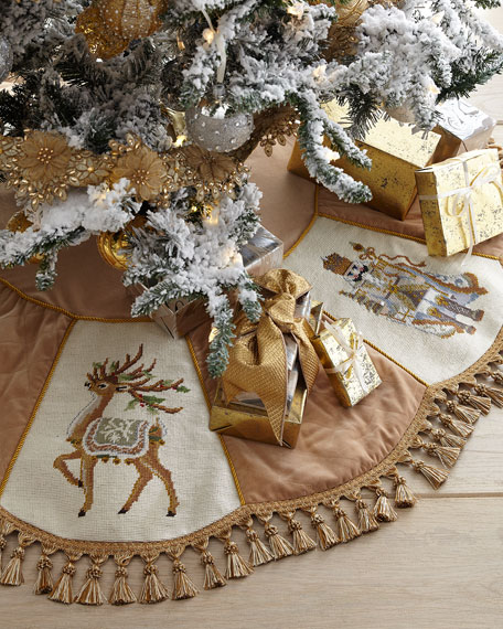 Gold Santa Series Christmas Tree Skirt with Tassels