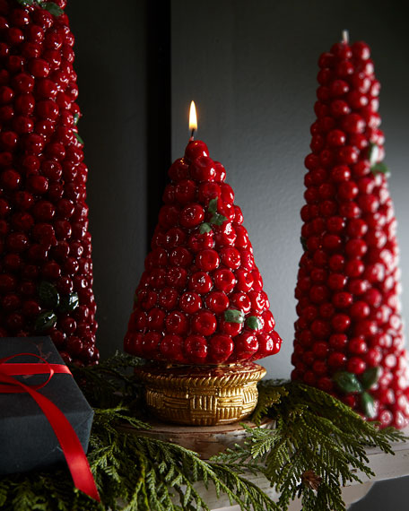 Red Berries Candle in Gold Basket