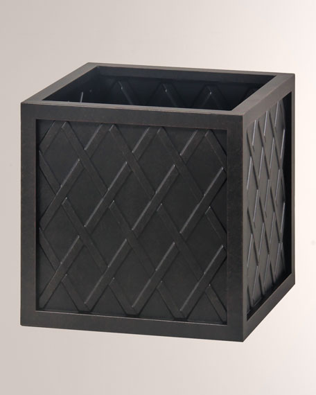 "Lattice Outdoor 18"" Small Square Planter Box"