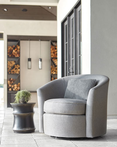 Adventura Swivel Chair