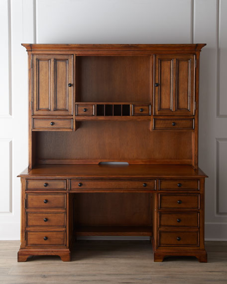 Pine Harbour Hutch