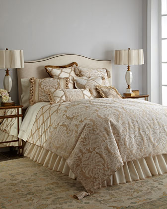 Meriemont Bedding
