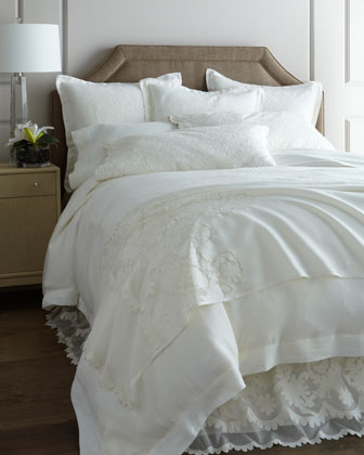 Louwie Linen Sheets & Caprice Floral Cutwork Pillowcases
