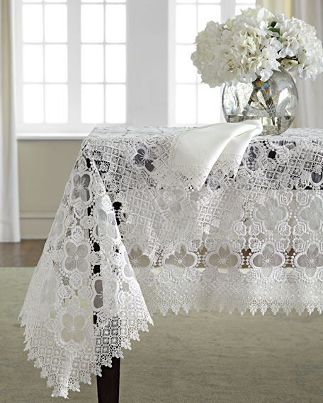 "Gia 72"" x 90"" Tablecloth & 8 Napkins"