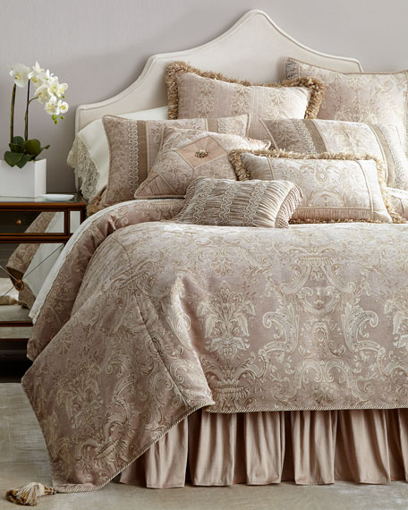 King Dahlia Duvet Cover