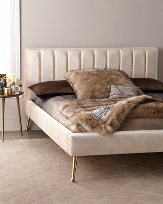 DeAngelo Queen Platform Bed with Metal Legs  and Matching Items