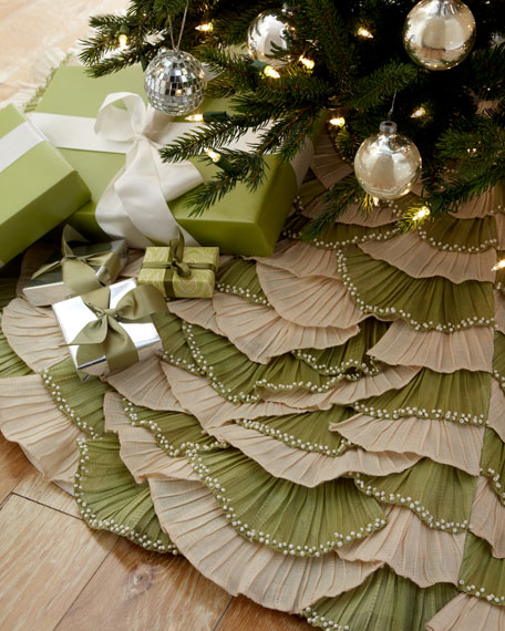 Natural/Sage Ruffled Christmas Tree Skirt