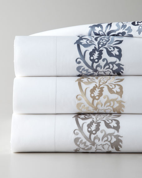 Full/Queen 406 Thread Count Plumes Embroidered Flat Sheet