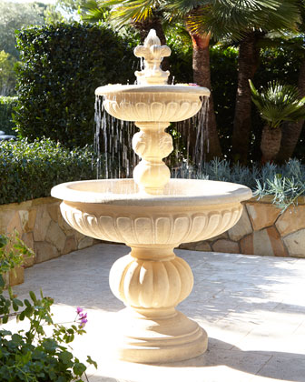 Fountains & Planters