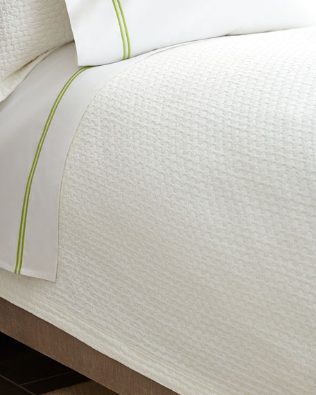 Queen Juliet Coverlet