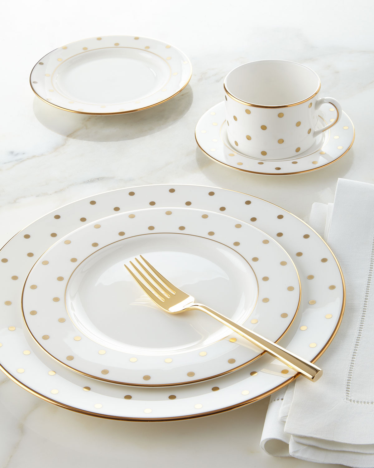 Love this kate spade dotted dinnerware