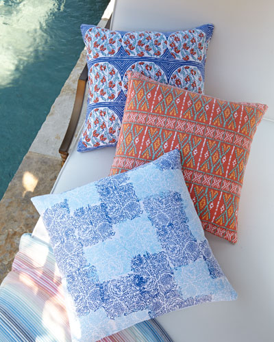 Floral Pindeti Outdoor Pillow